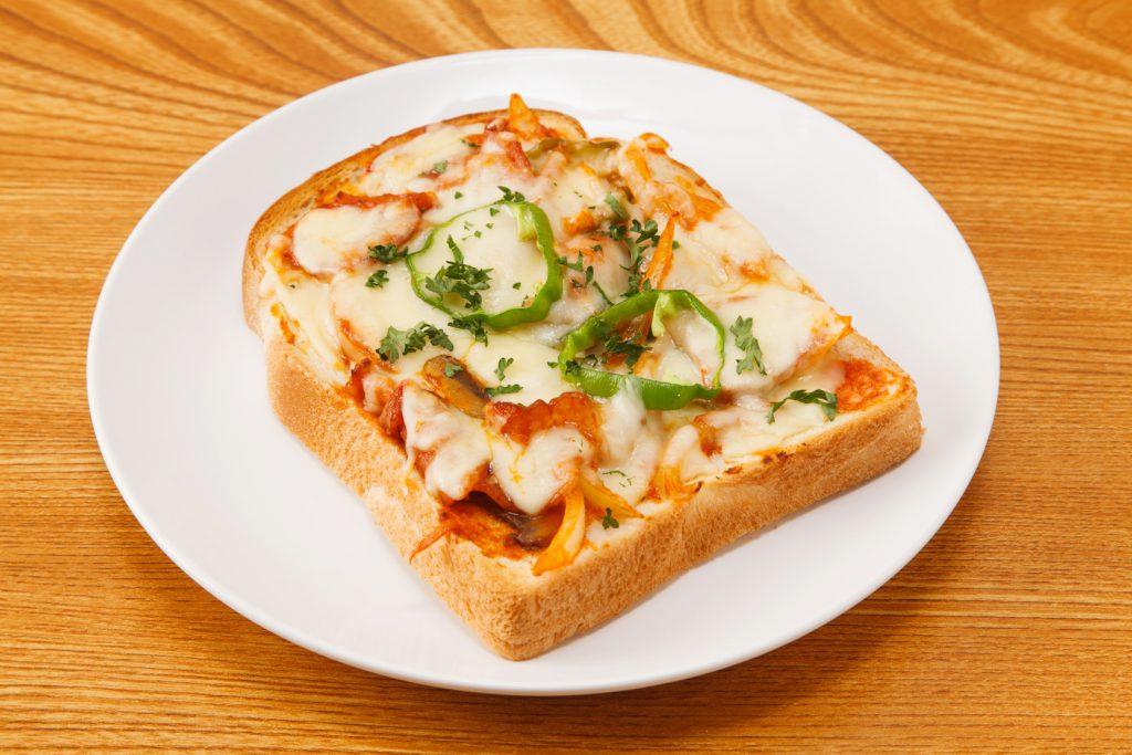 簡単レシピピザのトースト
