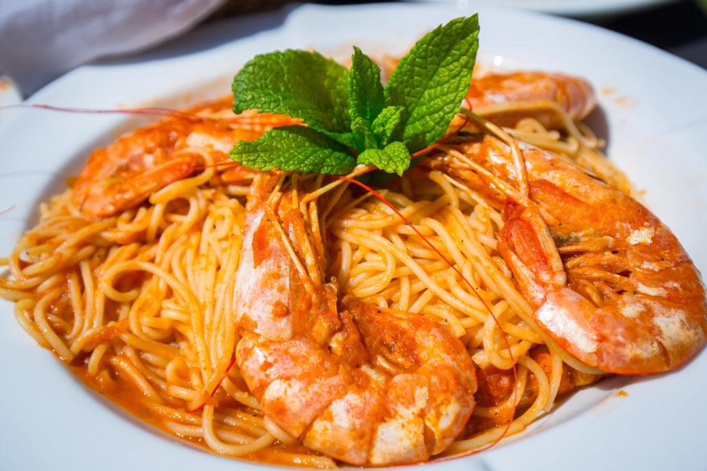 ぷりぷりクリーミー!海老のトマトクリームスパゲティ
