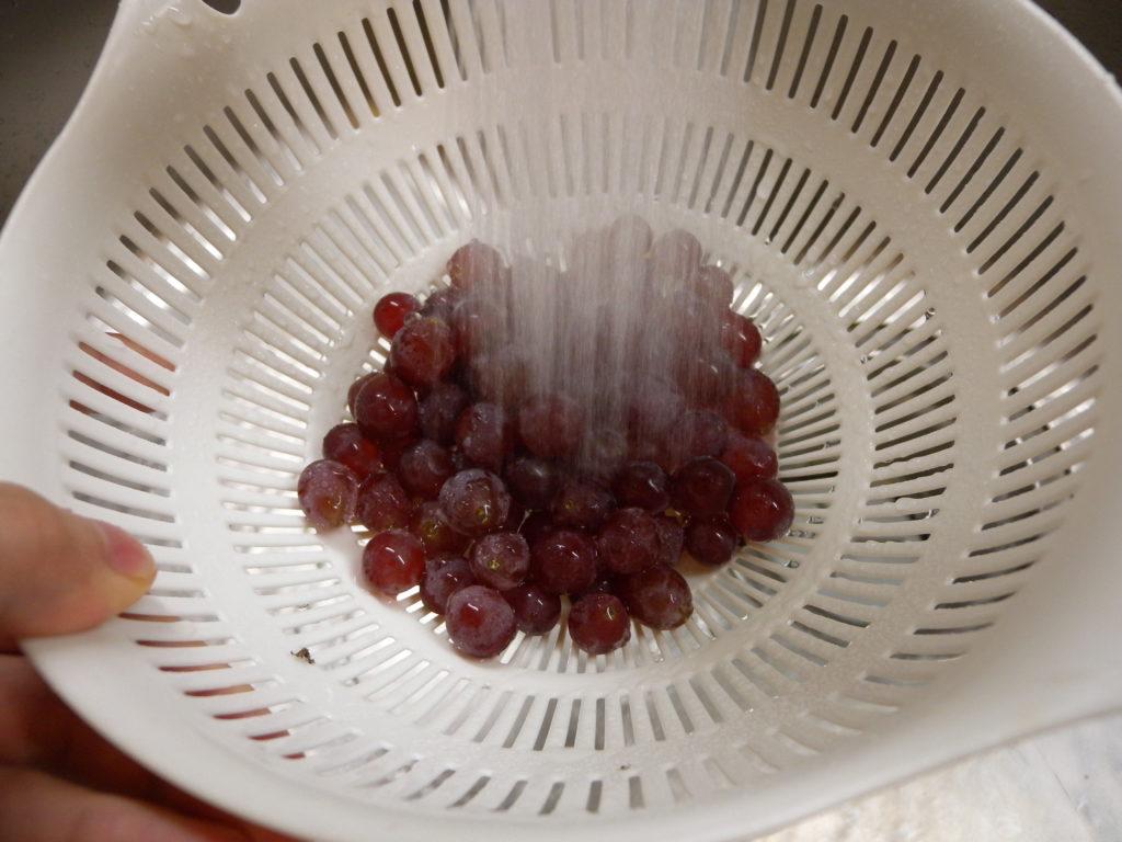 ブドウを冷凍する下準備