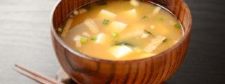 味噌汁の冷凍方法・味噌玉の作り方を写真付きで解説【厳選レシピ】