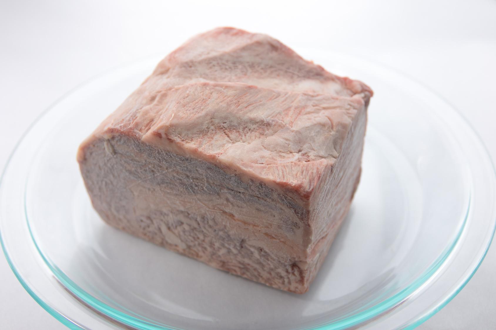 冷凍肉のブロック
